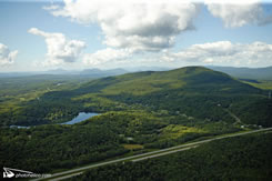 Mont Chagnon (Photo de MCI - Photo Hélico)